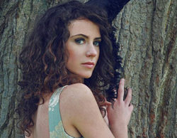 Amy Manson será Mérida en la quinta temporada de 'Once Upon a Time'