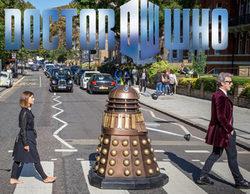 Los protagonistas de 'Doctor Who' imitan a los Beatles en Abbey Road