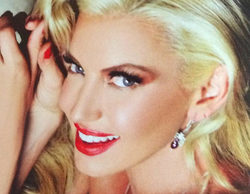 Isabel Madow ('GH 5') posa ligera de ropa a lo Marilyn Monroe