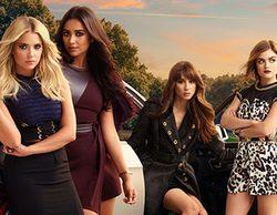 """El nuevo look de las """"pequeñas mentirosas"""" en el póster de la temporada 6B de 'Pretty Little Liars"""