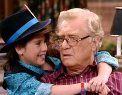 La emotiva despedida de Soleil Moon Frye ('Punky Brewster') a George Gaynes tras su muerte