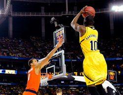 El torneo de baloncesto NCAA barre a sus rivales y domina con soltura la noche del viernes