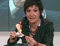 TV3 se disculpa por la quema de un ejemplar de la Constitución y retira las imágenes