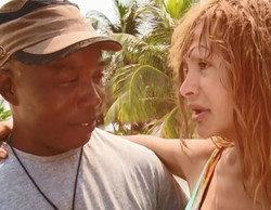 Yurena y Víctor, el garífuna de 'Supervivientes', se besan en Playa Itinerante