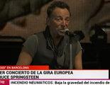 """Springsteen saluda a Barcelona y la presentadora de TVE """"traduce"""" con un """"¡Hola España!"""""""