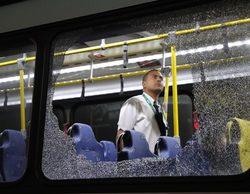 Un autobús de periodistas, atacado en los 'Juegos Olímpicos'