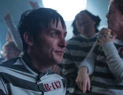 """Bruno Heller, showrunner de Gotham: """"Los superhéroes no funcionan en televisión"""""""