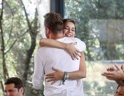 Bisbal y Chenoa se abrazan en una nueva foto promocional de 'OT: El Reencuentro'