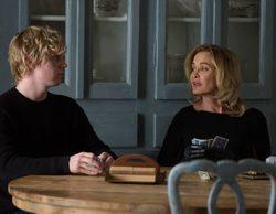 """Evan Peters confiesa que se quedó """"en bolas"""" delante de la cara de Jessica Lange en 'AHS'"""