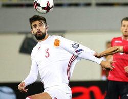 Gerard Piqué demuestra en televisión la falsa polémica sobre sus mangas y la bandera de España