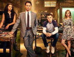 'The Travelers', la serie de Netflix protagonizada por Eric McCormack, se estrenará el 23 de diciembre