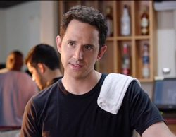 'Crazy Ex-Girlfriend': Santino Fontana, el actor que da vida a Greg, abandona la serie