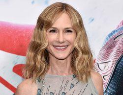 Holly Hunter protagonizará la nueva serie dramática de HBO del creador de 'A dos metros bajo tierra'