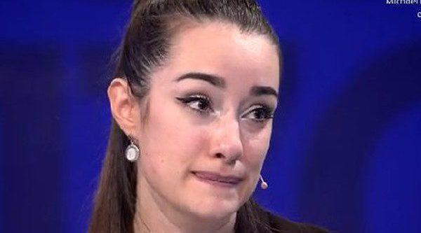 Adara estupefacta y decepcionada con pol tras su for Pol gran hermano