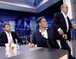 Antonio Resines bromea en 'El Hormiguero' y, tras fingir un enfado con Pablo Motos, regresa a plató