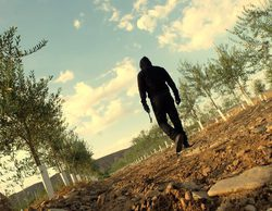 Los espectadores de 'Mar de plástico' eligen el final 'Justicia' para el desenlace de la serie