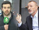 Arturo Pérez-Reverte pide disculpas a un periodista de laSexta al que intentó ridiculizar