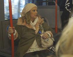 Terelu sube a un autobús por primera vez en mucho tiempo y desconoce cómo funciona