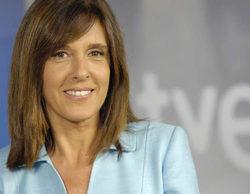 """Ana Blanco tiene un desliz en el Telediario 2 y llama """"Jesús Álvarez"""" a su compañera Raquel González"""