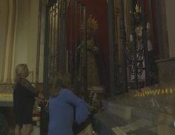Terelu Campos y Carmen Borrego visitan la iglesia a la que asisten asiduamente en 'Las Campos'
