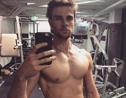 Se filtran fotos del actor Nathaniel Buzolic ('Crónicas Vampíricas') completamente desnudo