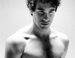 Javier Calvo ('Física o Química') calienta las redes con su desnudo