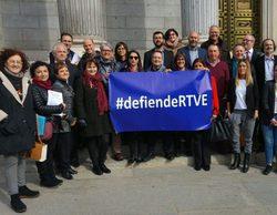 """Así informó RTVE sobre """"la mayor recogida de firmas"""" contra la manipulación"""