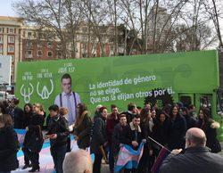 El autobús reivindicativo de 'El intermedio' contra 'Hazte Oír' ya circula por Madrid