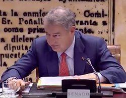 """El presidente de RTVE, cazado por un micro abierto: """"Menos mal que estoy bien pagado"""""""