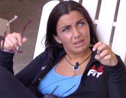 'GH VIP 5': Las fans de Elettra, en Barajas para despedir a su ídolo, que se va de intercambio a Brasil