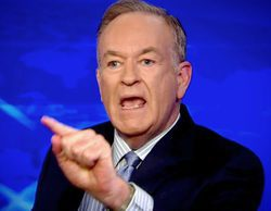 """Un presentador de FOX se disculpa por burlarse del físico de una diputada: """"Estaba ensimismado en su peluca"""""""