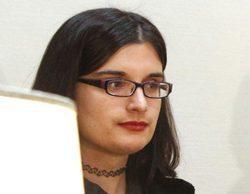 """Cassandra Vera contesta a la columnista de OKDiario que critica """"su mostacho de Emiliano Zapata"""""""