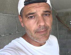 El presentador Frank Cuesta, mordido por una pitón a la que estaba rescatando