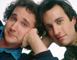 Los protagonistas de 'Primos lejanos', Bronson Pinchot y Mark Linn-Baker, se reencuentran 24 años después