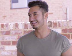 Un jugador de béisbol australiano sale del armario en un programa de televisión