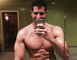 """Julián Contreras Jr. revoluciona las redes sociales con un """"selfie natural"""" en el que posa semidesnudo"""