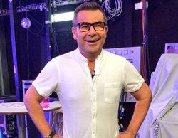 'Sálvame': Jorge Javier Vázquez acepta una cita de Eliad Cohen en tras presentar el programa con su camisa