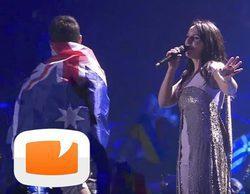 Eurovisión 2017: Un espontáneo se cuela durante la actuación de Jamala y enseña el culo en directo
