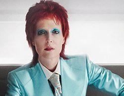 'American Gods': Gillian Anderson se transforma en David Bowie en un capítulo de la primera temporada
