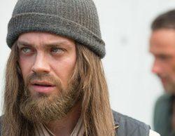 """Tom Payne ('The Walking Dead') revela nuevos detalles de la octava temporada: """"Hay una secuencia icónica"""""""