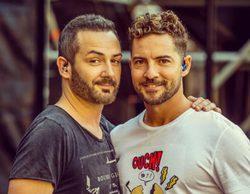 David Bisbal y Alejandro Parreño protagonizan su particular reencuentro de 'OT' en un concierto del almeriense
