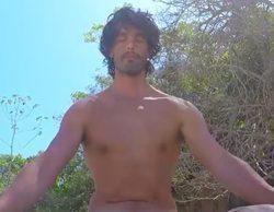 'La isla': Fernando hace yoga completamente desnudo a orillas del mar