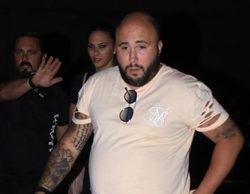 Kiko Rivera sufre un altercado con una pareja en la entrada del concierto de su madre