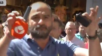 'Espejo público': Agreden a un reportero cuando estaba informando de la huelga de taxis en Barcelona