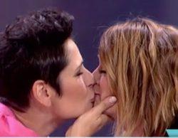 """Toñi Moreno besa a Rosa López y se declara en 'Viva la vida': """"¿Te casarías conmigo?"""""""