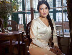 Adriana Ugarte ('El tiempo entre costuras') calienta las redes con una foto totalmente desnuda