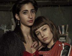 Alba Flores y Úrsula Corberó se besan tras el fin de rodaje de 'La Casa de Papel'