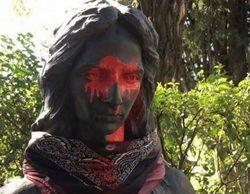 Lolita y Rosario Flores, indignadas tras el acto vandálico sufrido por las estatuas de su madre y su hermano