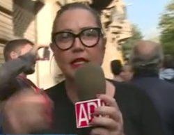 Mayka Navarro, reportera de 'El programa de Ana Rosa', evita una pelea en Barcelona por el referéndum catalán