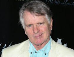 """Gordon Thomson, actor de 'Dinastía', sale del armario a los 72 años: """"Asumí que la gente lo sabía"""""""